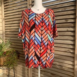 New LuLaRoe Irma Chevron Print High Low Top Small